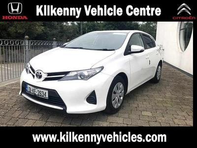 Photos of 2013 Toyota AURIS VAN 1.4L Manual