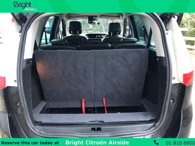 Photos of Renault Grand Scenic