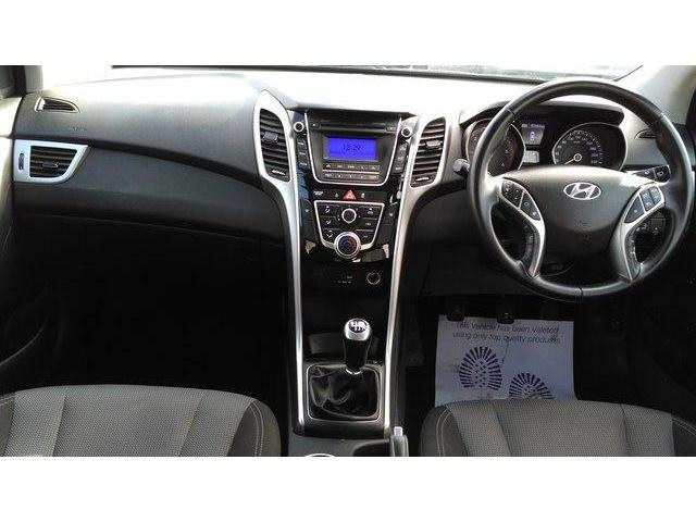 hyundai i30 owners manual 2015