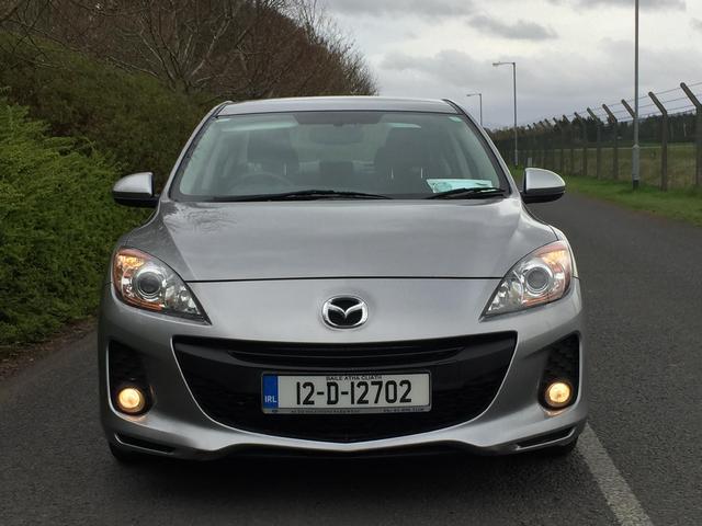 2012 Mazda Mazda3 1 6D EXECUTIVE  FINANCE ARRANGED