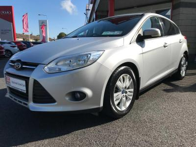 Photos of 2012 Ford FOCUS 1.6L Manual