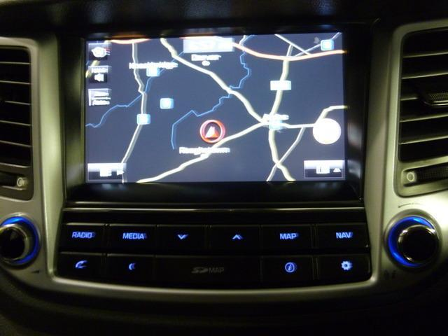 2016 (161) Hyundai Tucson 1 7 CRDI SE-NAV BLUE DRIVE 2WD SAT