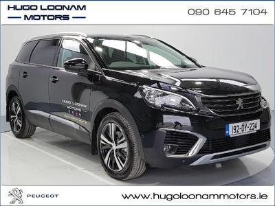 Photos of 2019 Peugeot 5008 1.5L Manual