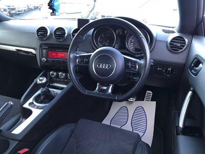 Image 14 for Audi TT 2.0 TDI QUATTRO BLACK EDITION S LINE SERVICE HISTORY NEW NCT
