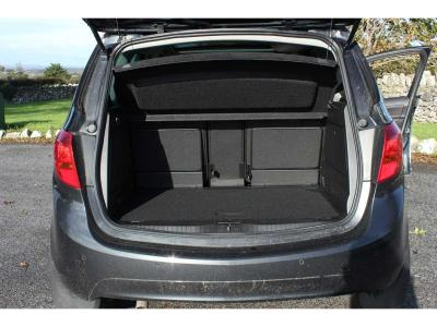 Image 10 for Opel Meriva Wheelchair Accessible