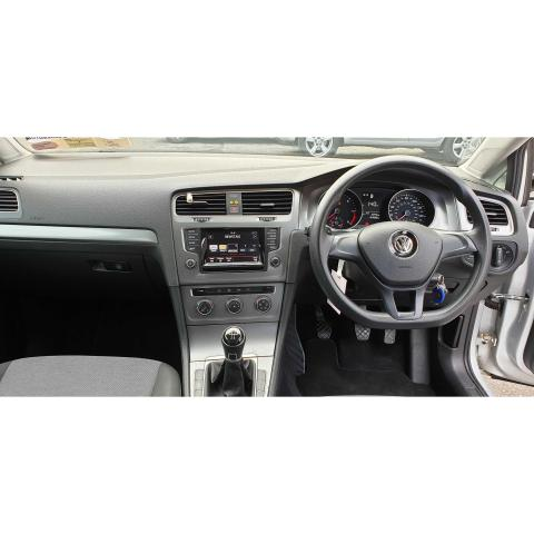 2014 Volkswagen Golf - Image 14