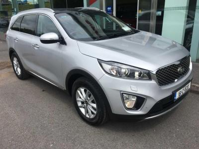 Photos of 2016 Kia SORENTO 2.2L Manual