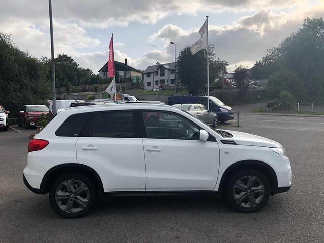 Photos of Suzuki Vitara