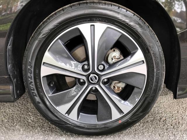 2018 Nissan Leaf - Image 11