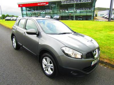 Photos of 2012 Nissan QASHQAI 1.6L Manual