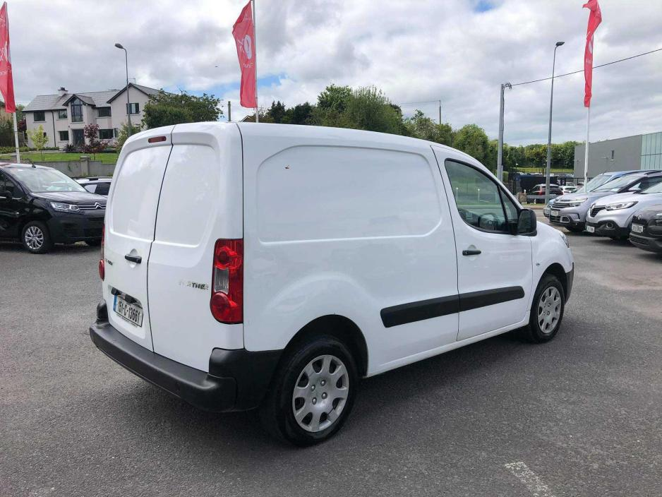 Photos of Peugeot Partner
