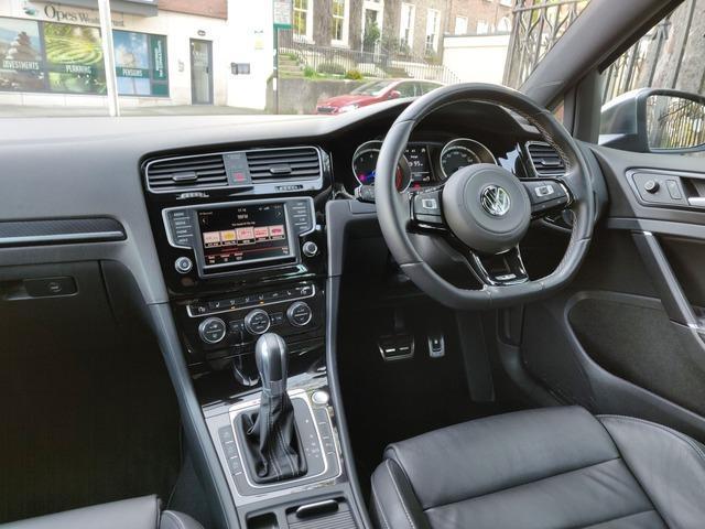 2015 Volkswagen Golf - Image 11