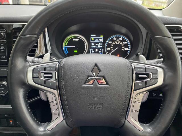 2018 Mitsubishi Outlander - Image 15